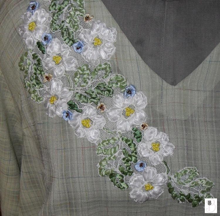 Блузка вышивка лентами 89