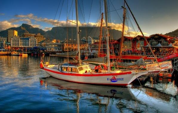 приписка лодки к причалу