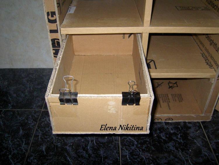 Комод из коробок